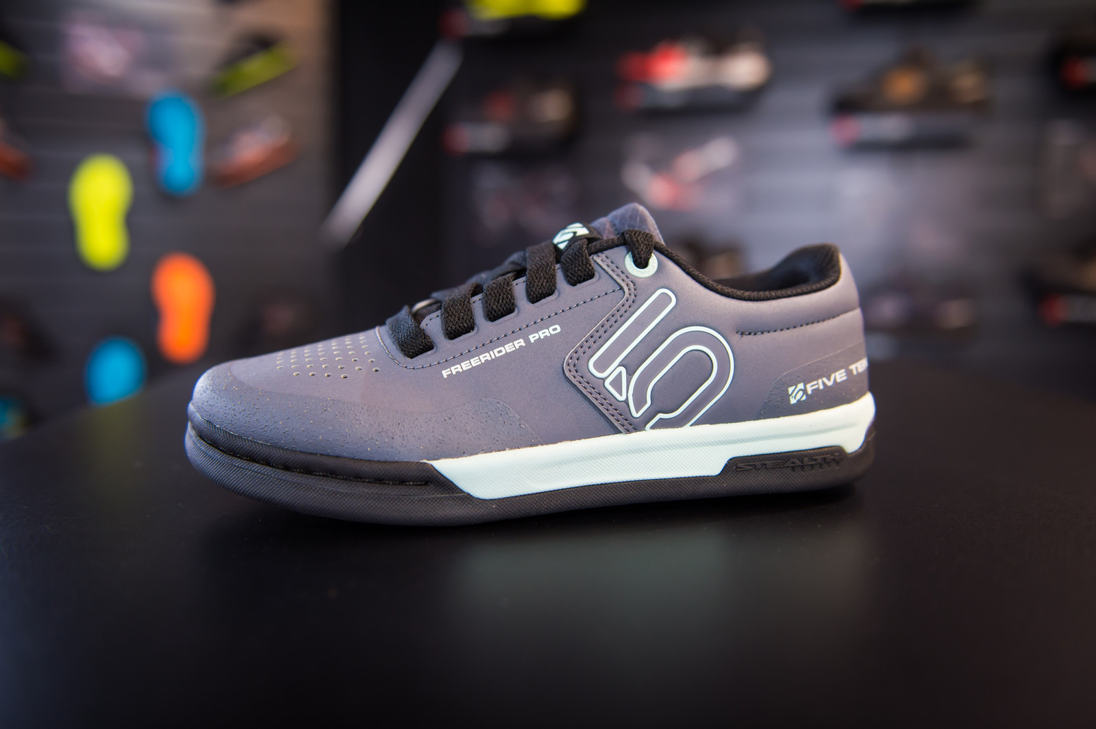 25252a78c5be12 New Five Ten MTB Shoes at Eurobike - Mountain Bikes Feature Stories ...