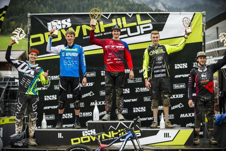 Podium Elite Men with Andreas Kolb, Jure Zabjek, Ondrej Stephanek, Joshua Barth and Loris Revelli.
