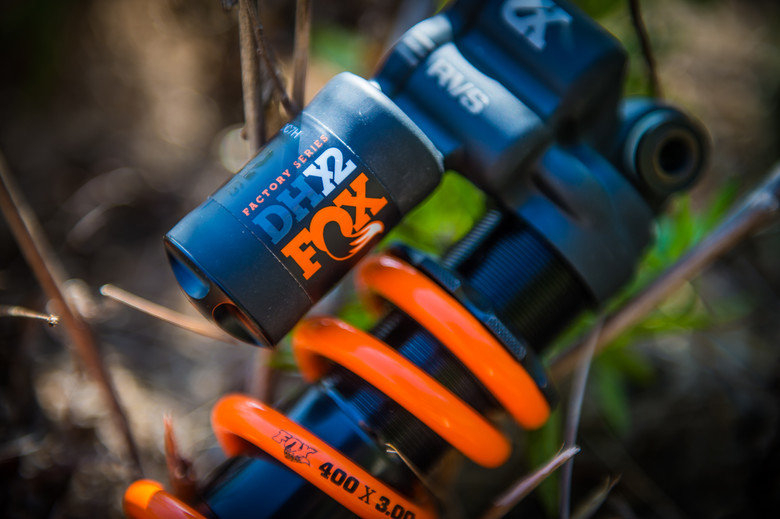 We Ride Coil and Air Shocks Back-to-Back - Mountain Bikes