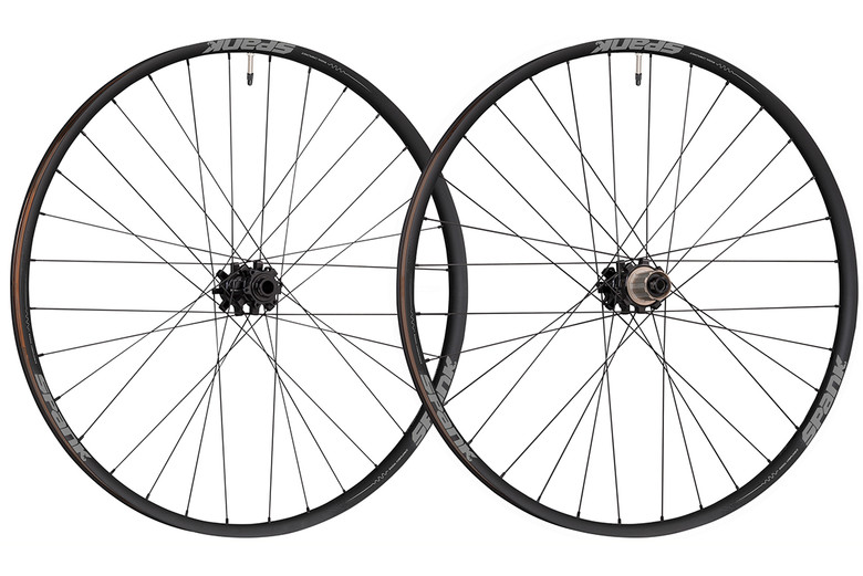 """The SPANK Oozy 350 wheel sets are available in 27.5"""" and 29"""", in both Boost and non-Boost, with Shimano standard or XD options available."""