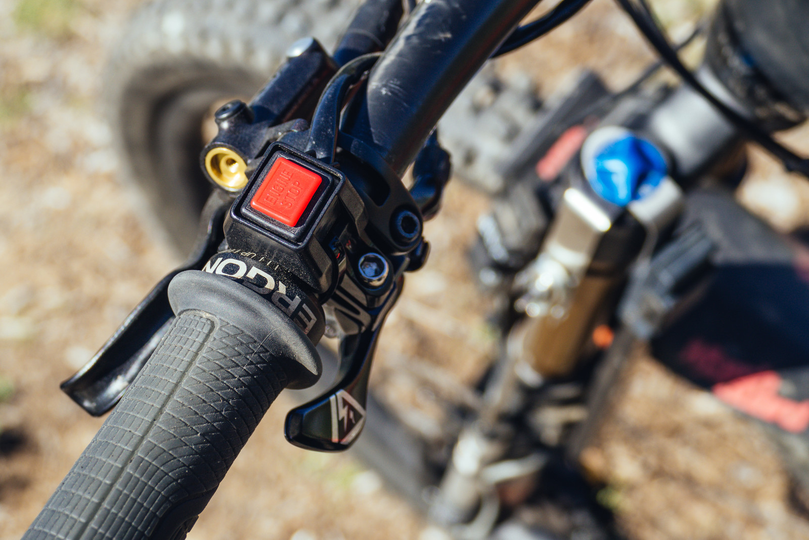 The bar-mounted remote allows riders to highlight specific events to review on the app after their ride.