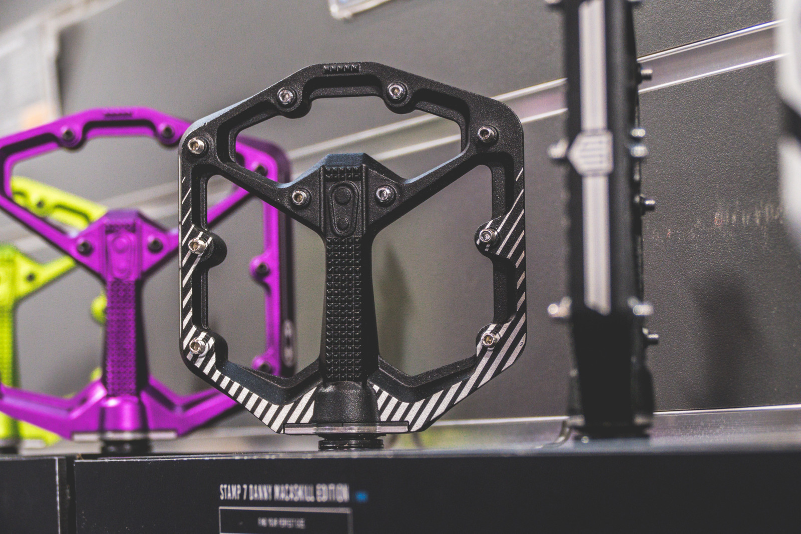 Finally Crankbrothers Introduced Us To The Stamp 1 Pedal Which Features A Nylon Body That Is 13mm Thick And Has Replaceable Pins Thread Through