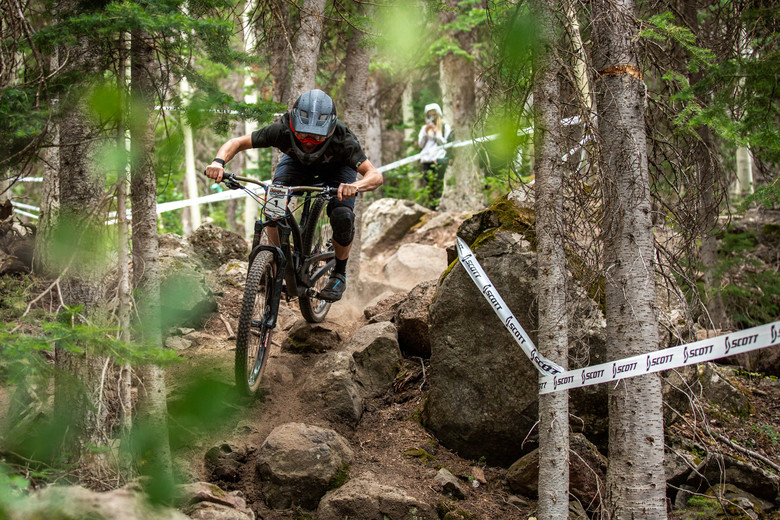 Chris Boice races stage 3 in the Pro/Open division at Round 3 of the 2018 SCOTT Enduro Cup presented by Vittoria at Powderhorn, CO on July 28, 2018. Photographer: Sean Ryan, courtesy EnduroCupMTB