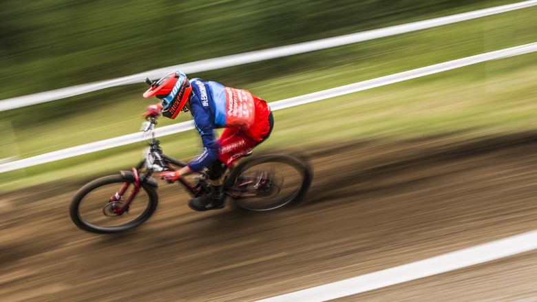 Sam was battling both his set-up and a pair of gloves in Val di Sole, but still looked fast all week and finished 14th.