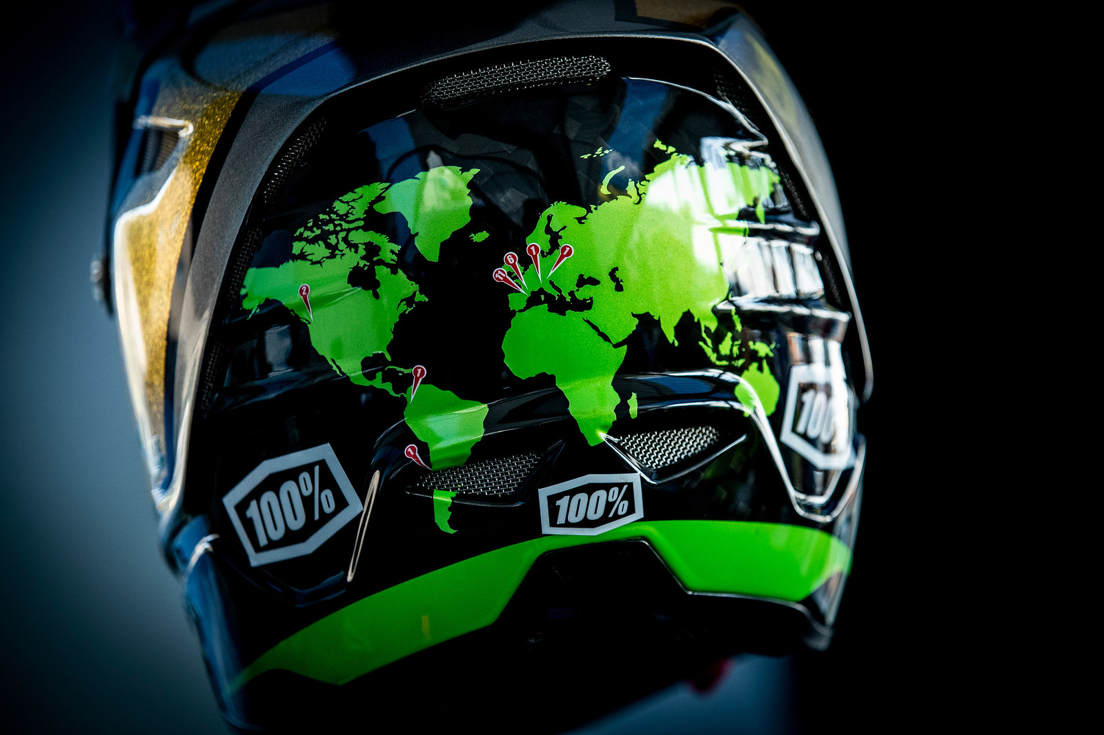 A year of racing wrapped up depicted on Sam Hill's custom helmet.