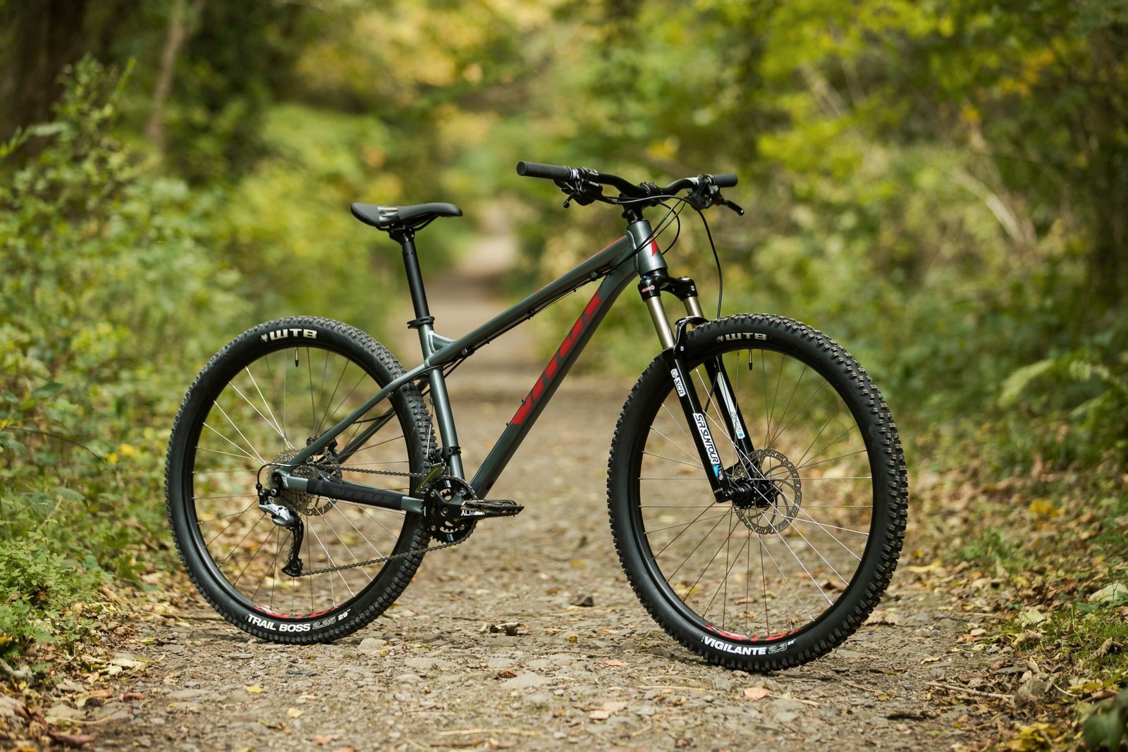 c4c3a8e1058 It's the foundation of the Vitus mountain bike range, with aggressive  geometry designed to get you hooked.