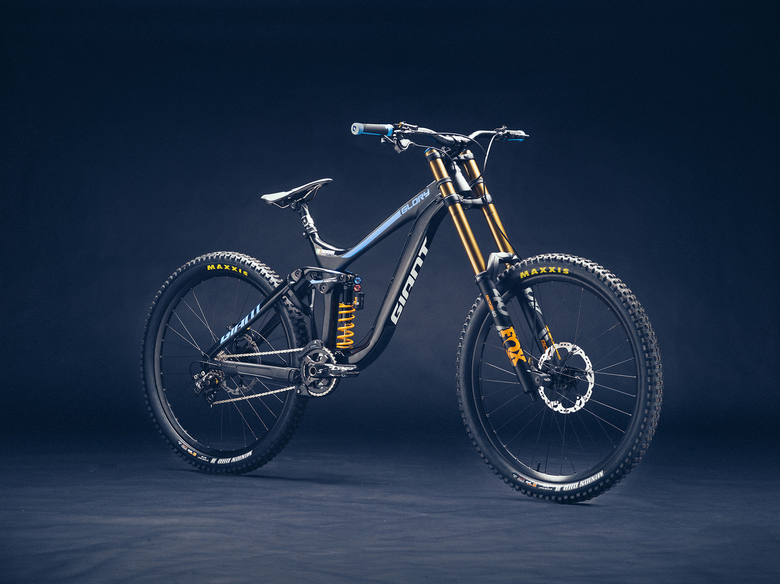 The downhill squad including Marcelo Gutierrez, Jacob Dickson and Eliot Jackson will race their Glory Advanced bikes with new FOX suspension products throughout the year.