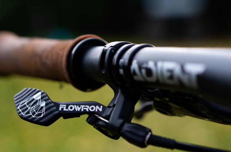 Flowtron dropper lever