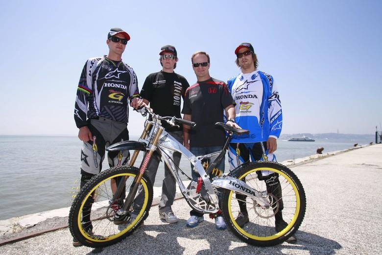 Honda G-Cross Team