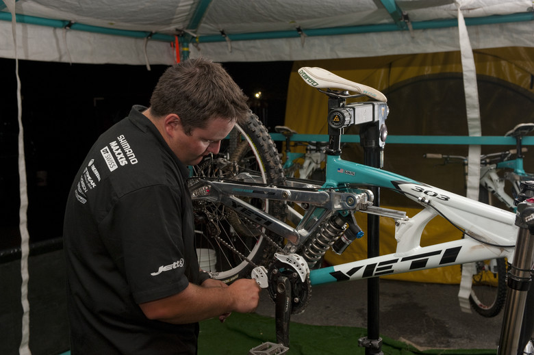 Working on Gwin's Yeti 303 in 2008.