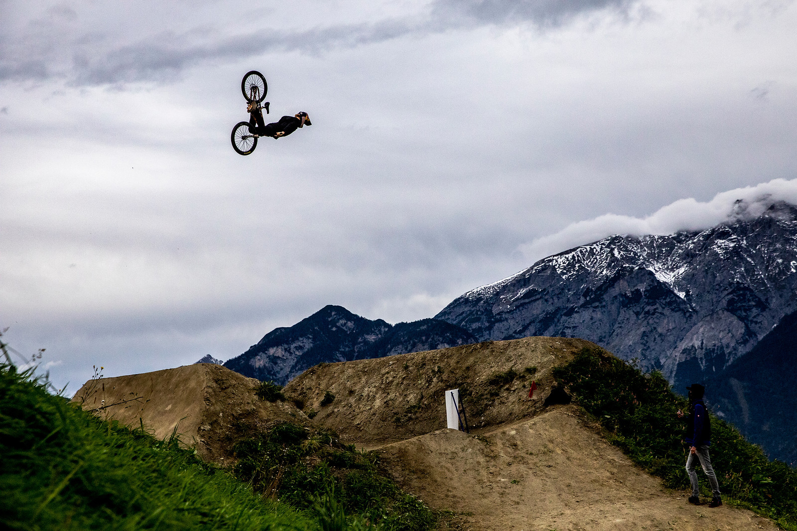 Don't you wish your goon-airs looked like this. Front flip fun from the ever-stylish Swede, Emil Johansson.