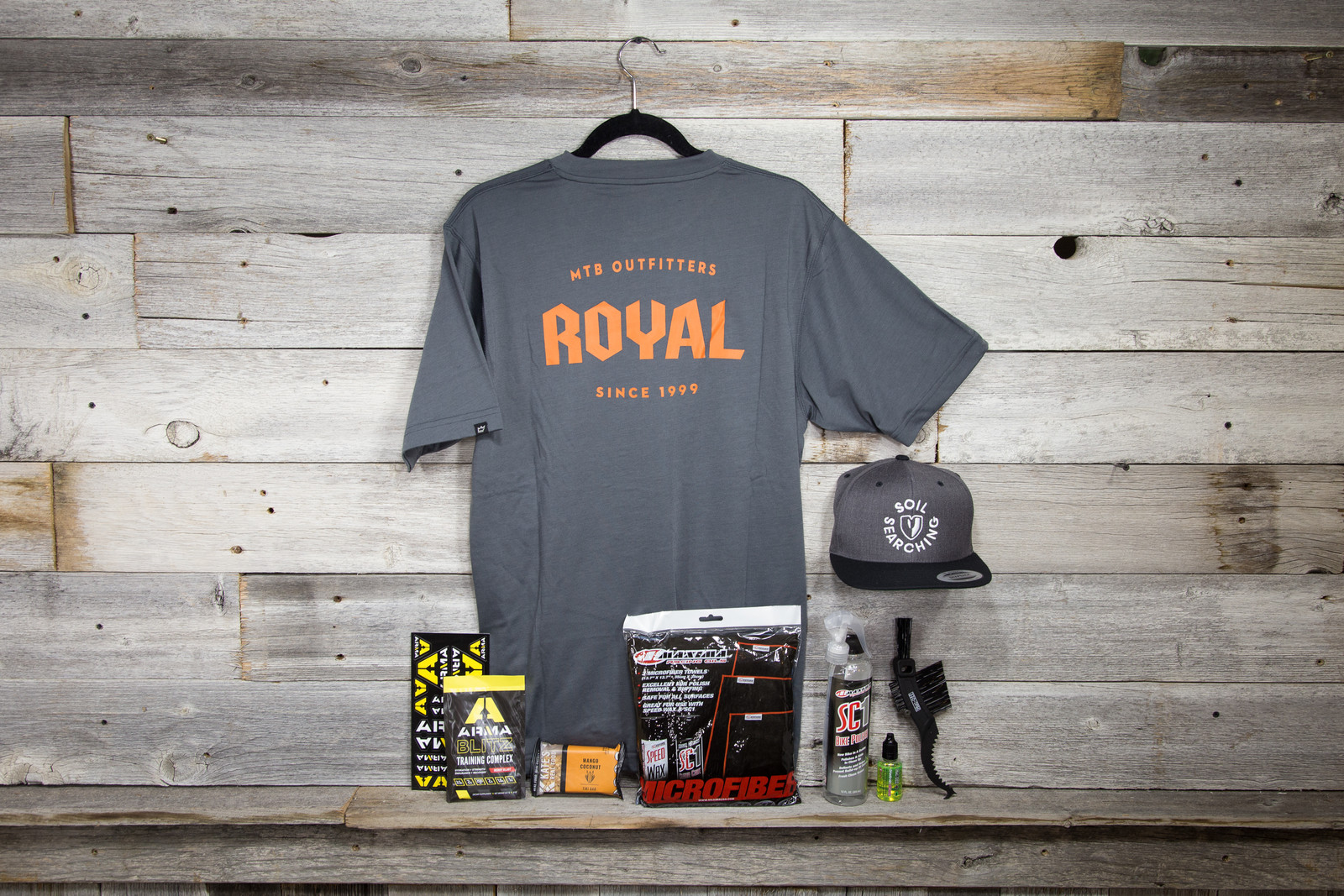 Vital MTB Gear Club August Box