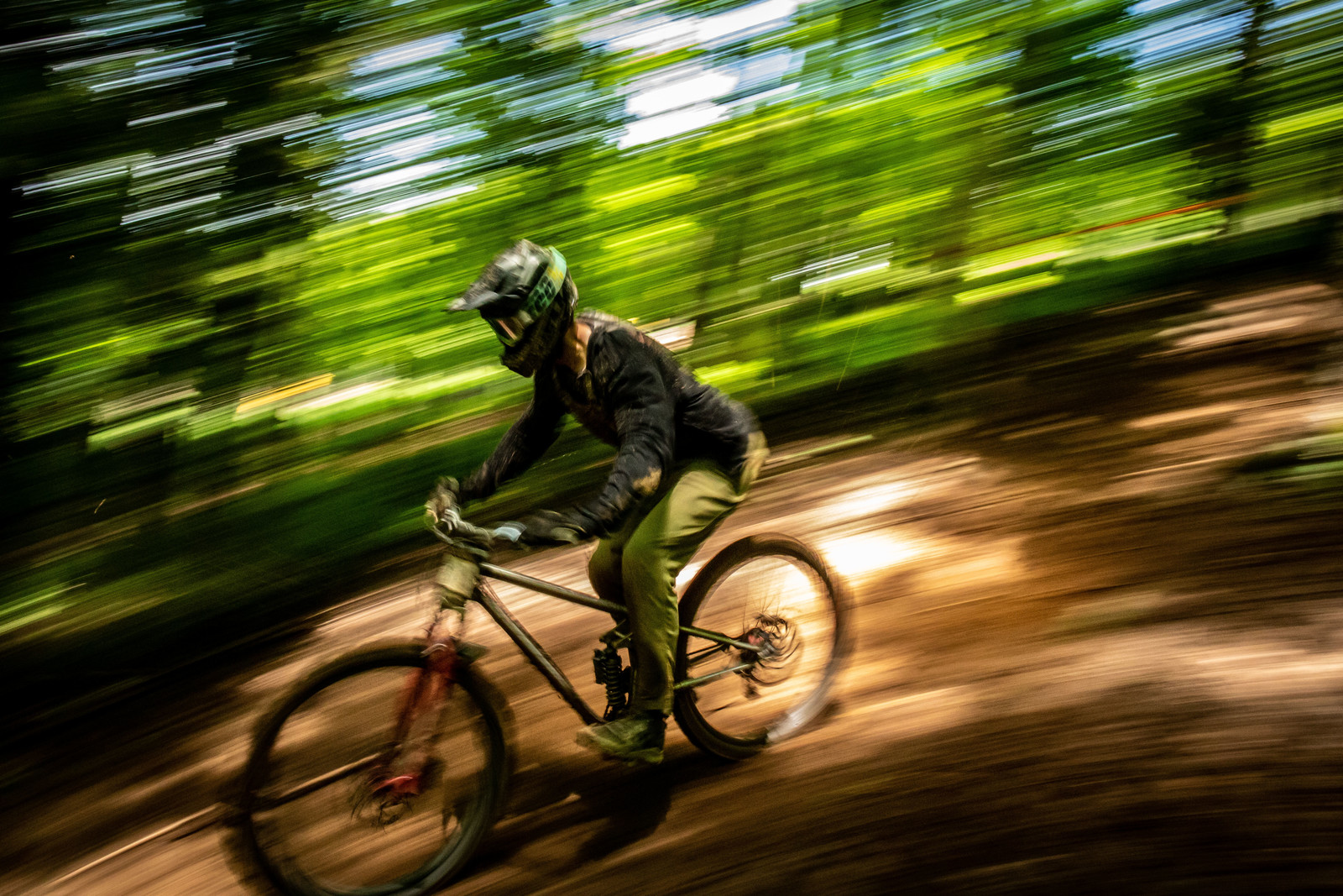 Isak Leivsson, nothing but a speed blur into 1st place.