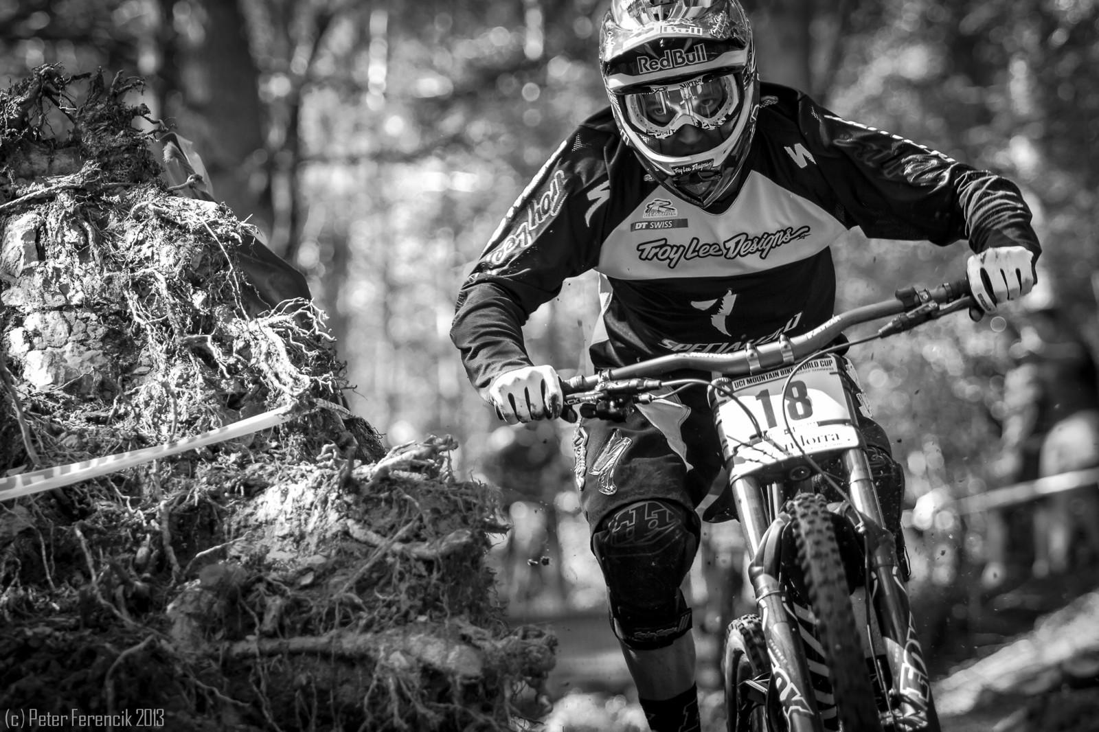 Aaron Gwin - PeterFPhotography - Mountain Biking Pictures - Vital MTB