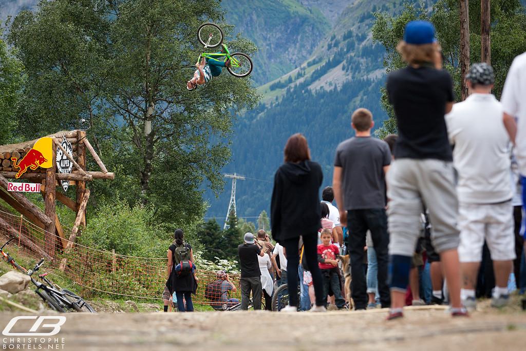 Sam Pilgrim - chrisbortels - Mountain Biking Pictures - Vital MTB