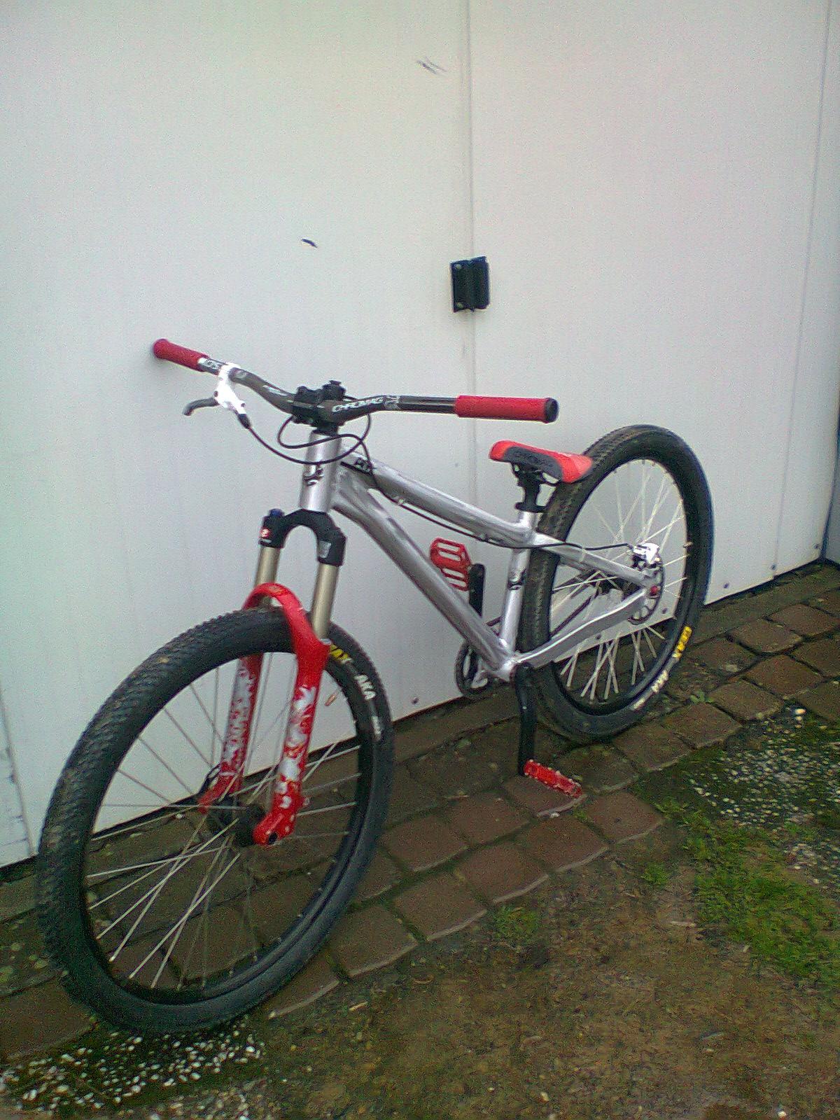 Banshee Amp - JonaB - Mountain Biking Pictures - Vital MTB