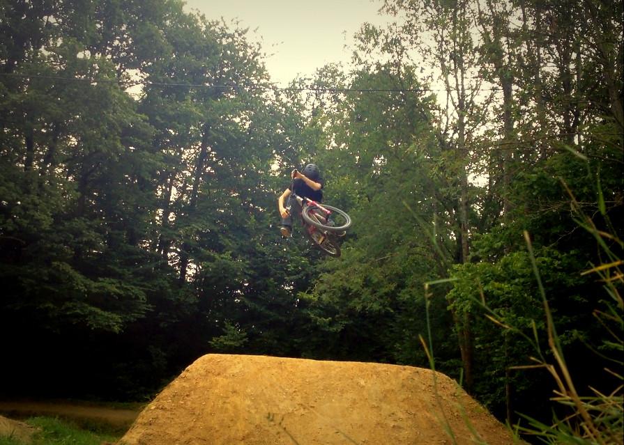 Bermslider - JonaB - Mountain Biking Pictures - Vital MTB