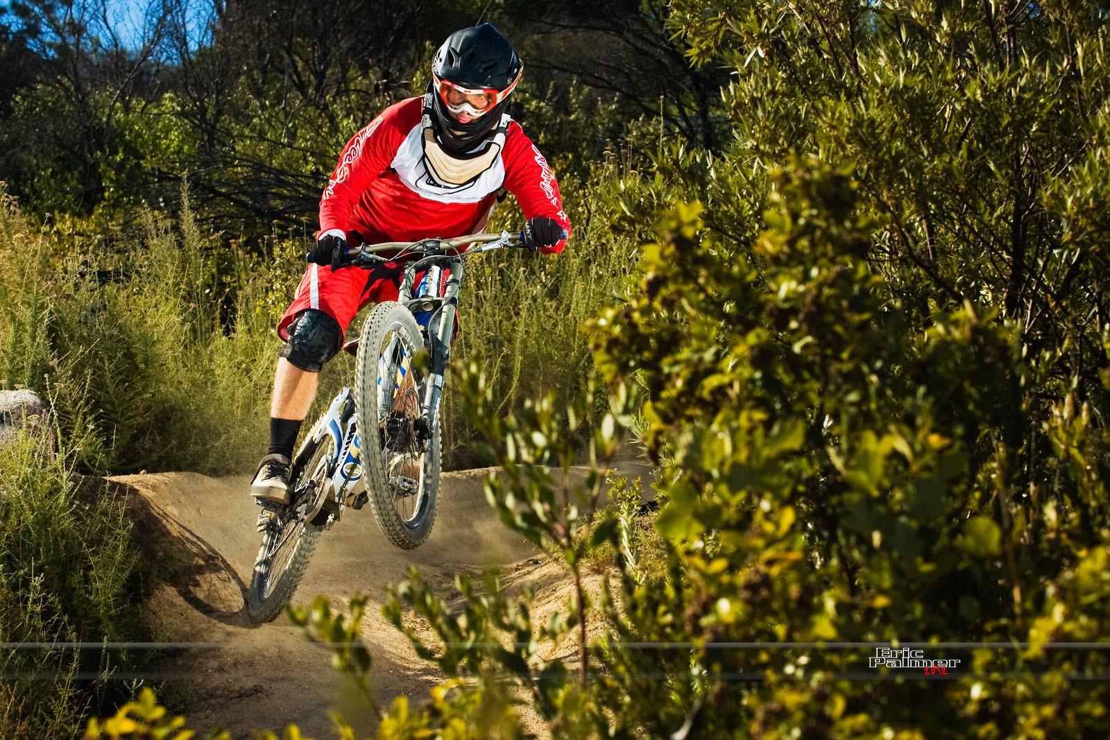 Adrian Schwellnus - Afreakin Eric - Mountain Biking Pictures - Vital MTB