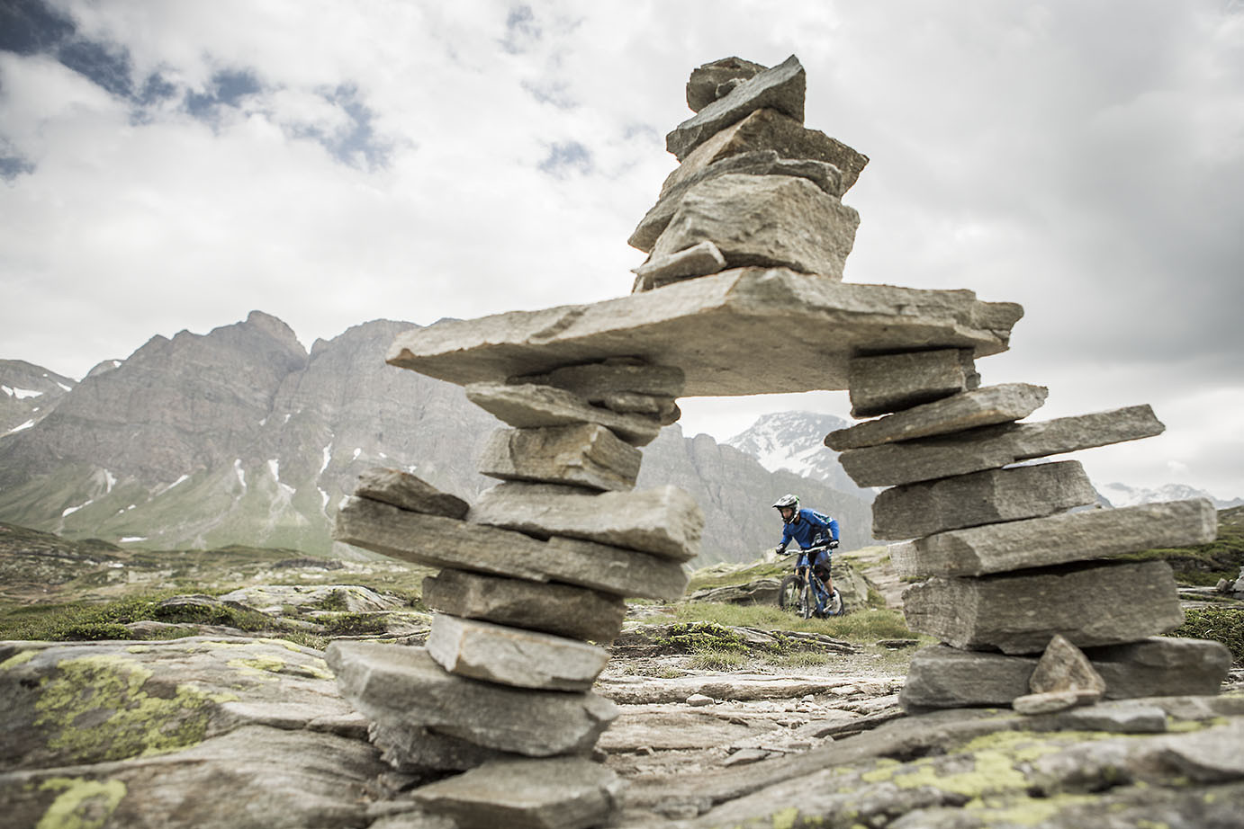 on the way to work - Hannes Klausner - Mountain Biking Pictures - Vital MTB