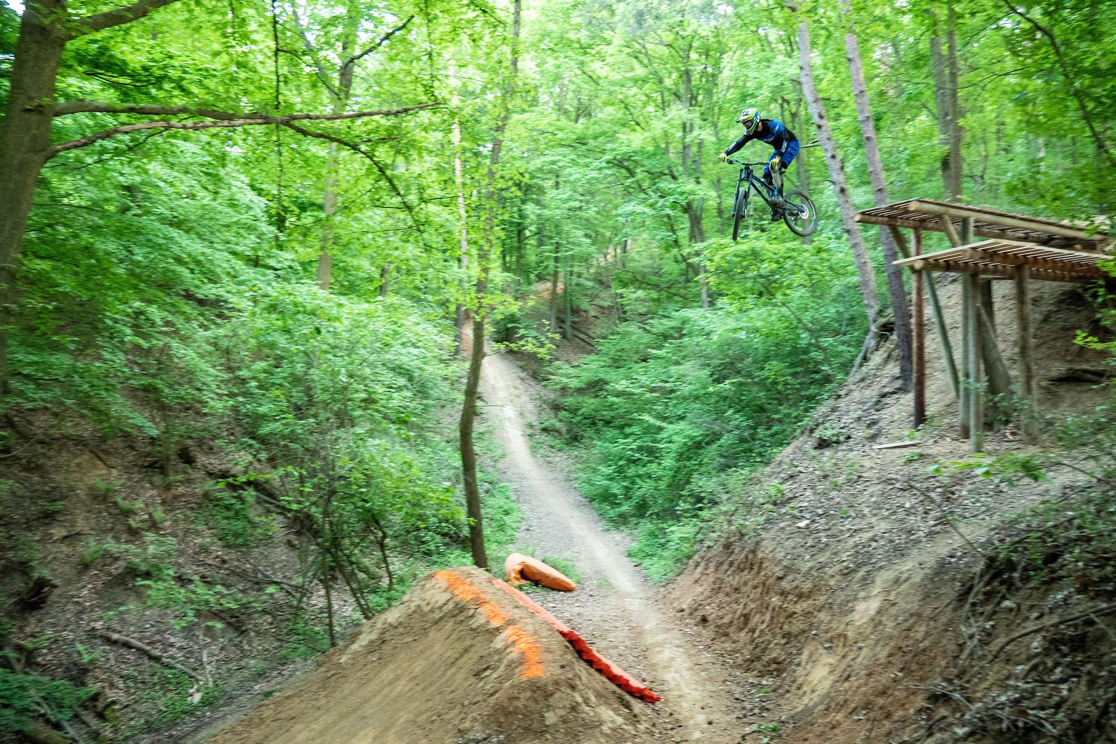 Kalnica big drop - maltrovsky - Mountain Biking Pictures - Vital MTB