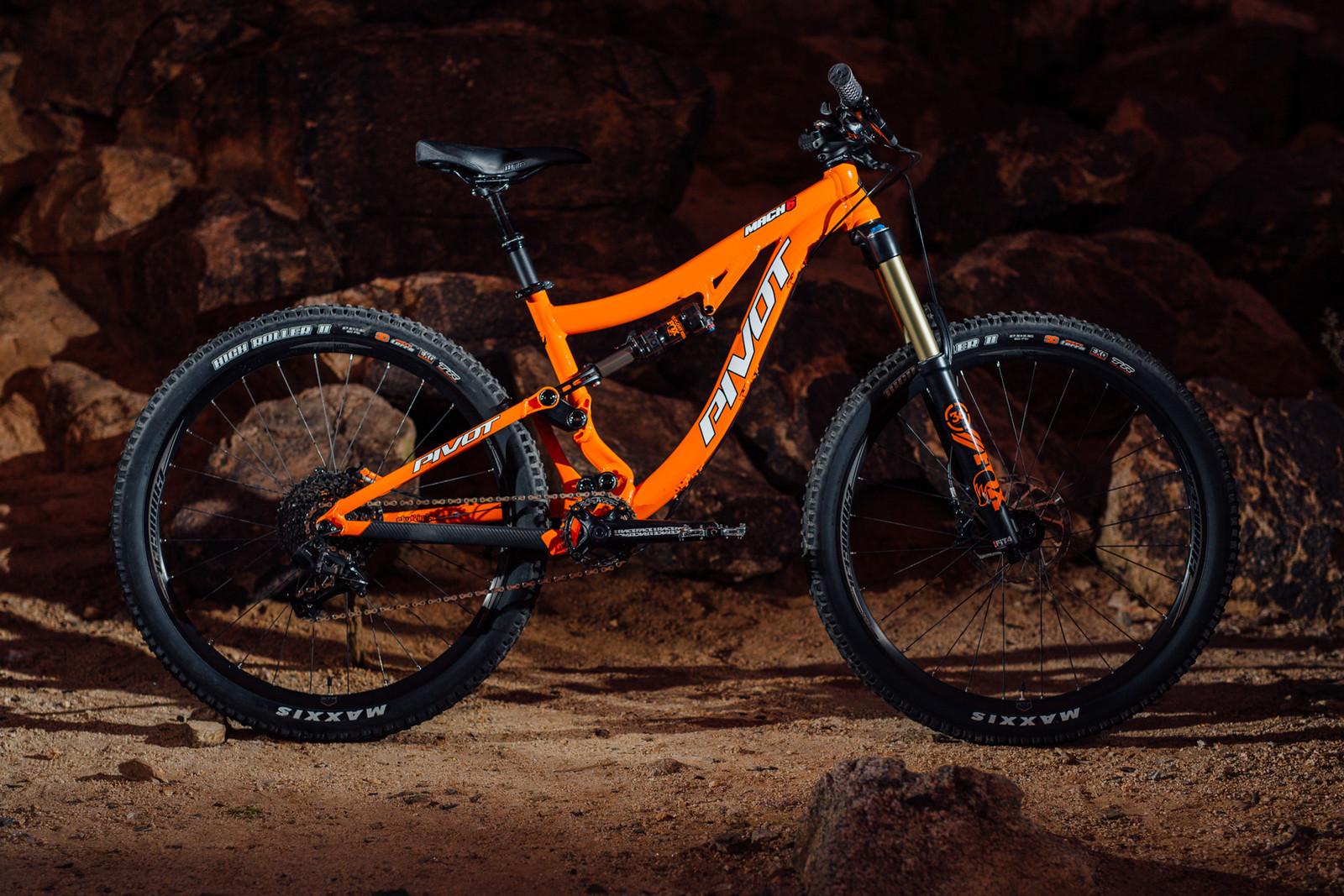 2016 Pivot Mach 6 Alloy X1 - 17 Bikes Tested - 2016 Vital MTB Test Sessions - Mountain Biking Pictures - Vital MTB