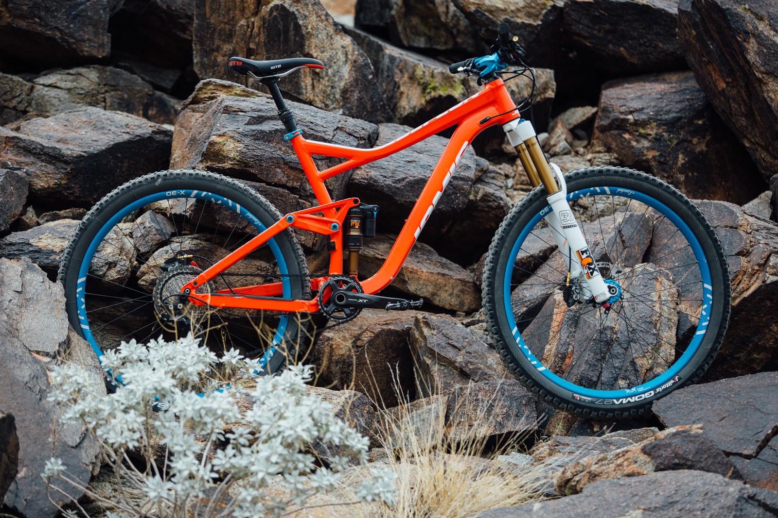 2016 Jamis Defcon 1 - 17 Bikes Tested - 2016 Vital MTB Test Sessions - Mountain Biking Pictures - Vital MTB