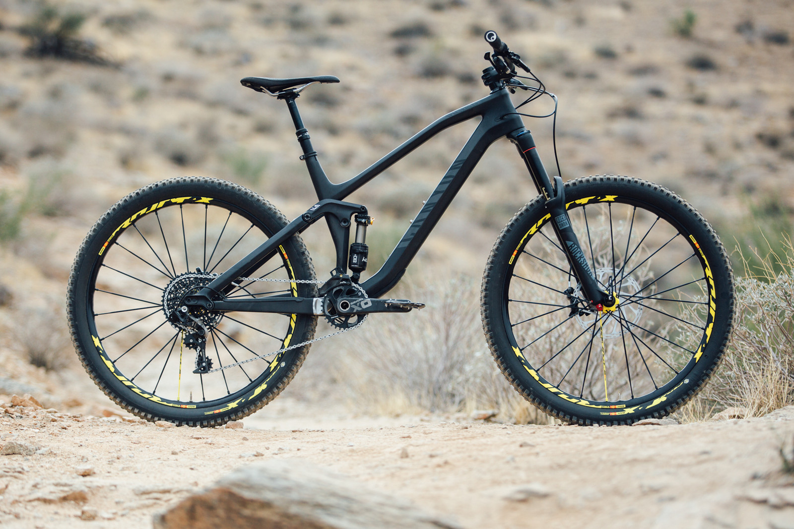 2016 Canyon Spectral CF 9.0 EX - 17 Bikes Tested - 2016 Vital MTB Test Sessions - Mountain Biking Pictures - Vital MTB