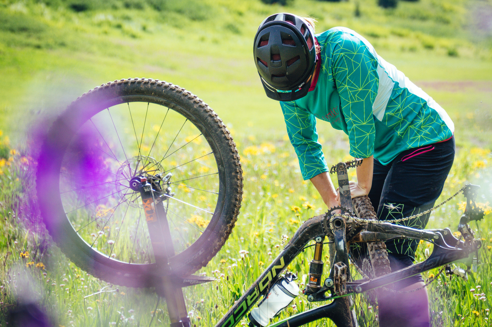 Tested: Sombrio Women's Vista Shorts and Jersey - Tested: Sombrio Women's Vista Shorts and Jersey - Bonus Gallery - Mountain Biking Pictures - Vital MTB