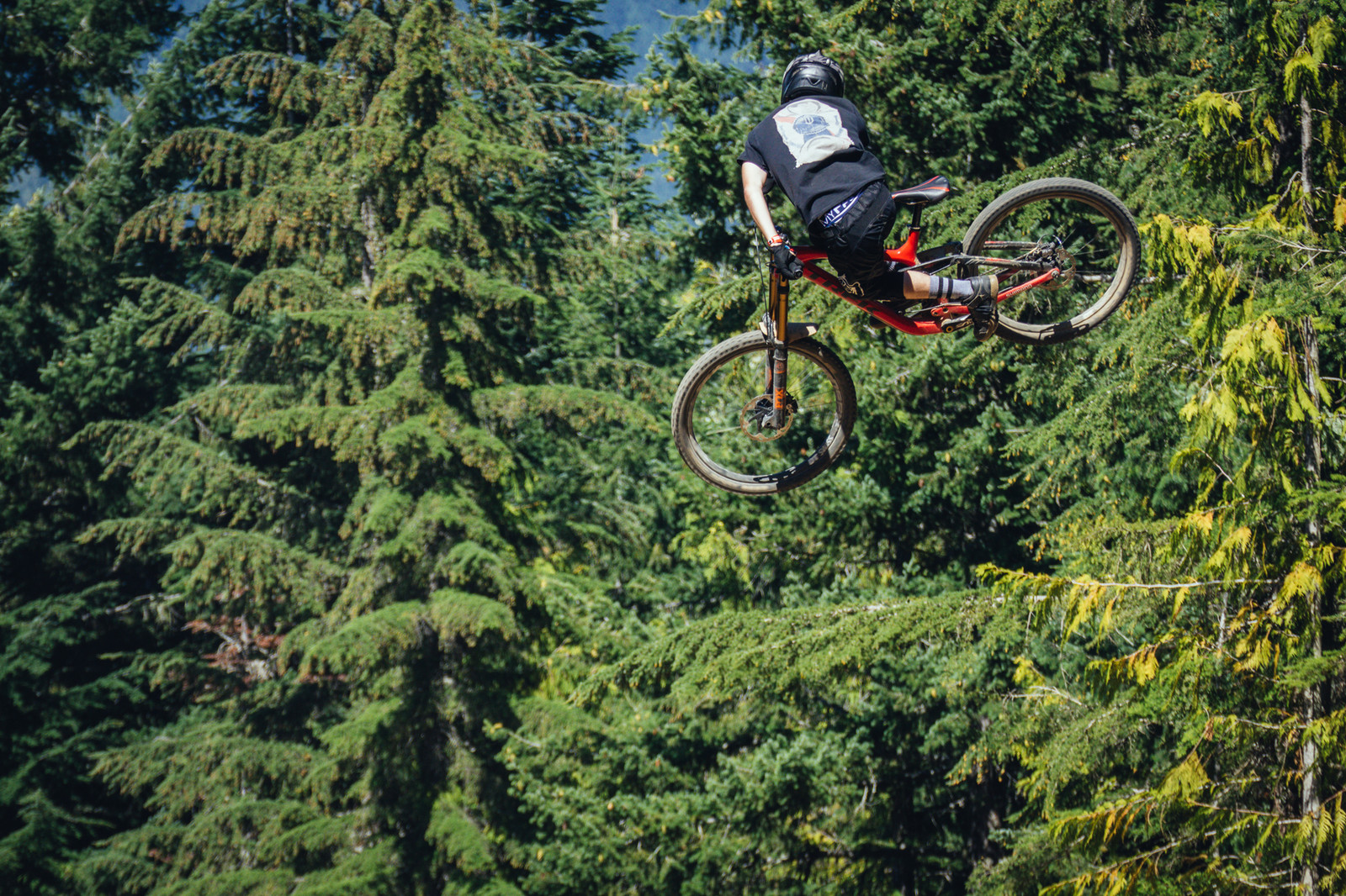 Party Ridin' - Whip Off World Champs Qualifiers - Going for Broke: 14 Super Sideways Senders from Whip Off World Champs Qualifiers - Mountain Biking Pictures - Vital MTB