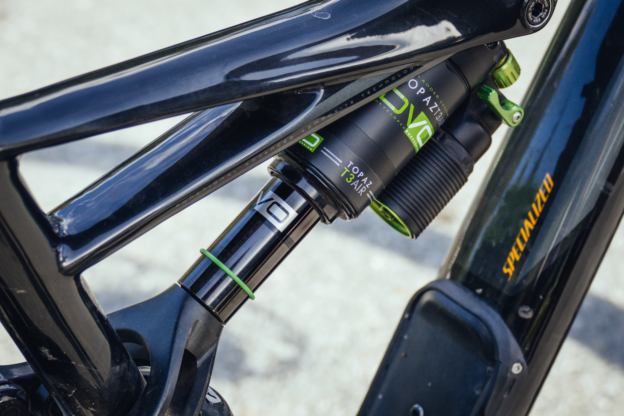 DVO Topaz T3 Air Shock for Specialized Bikes - PIT BITS