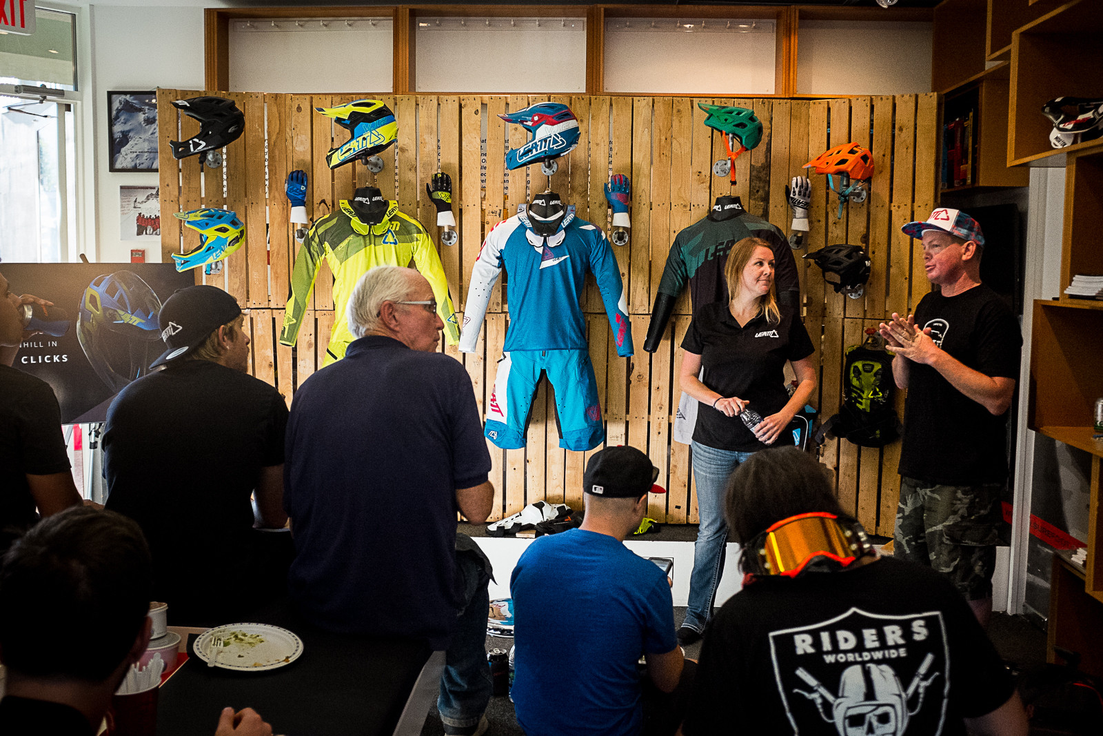 2017 Leatt Apparel and Helmets - PIT BITS - New 2017 Products from Crankworx Whistler - Mountain Biking Pictures - Vital MTB