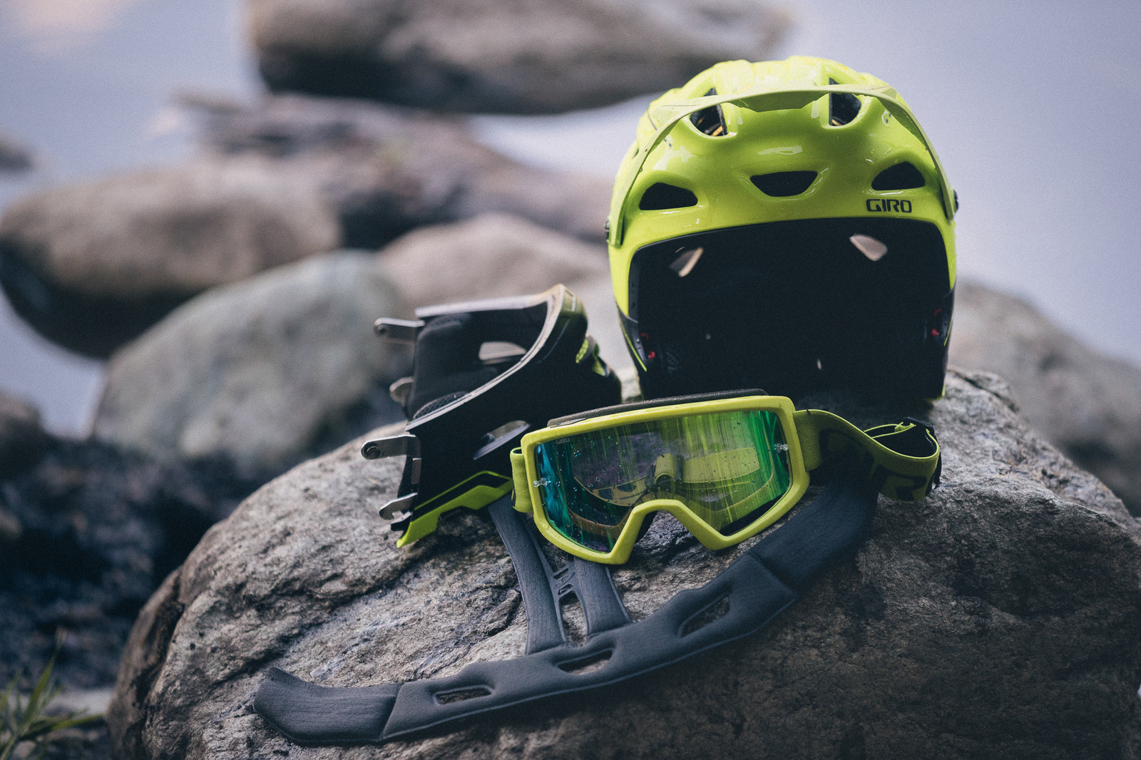 Giro's Switchblade Helmet Makes a Comeback - PIT BITS - New 2017 Products from Crankworx Whistler - Mountain Biking Pictures - Vital MTB