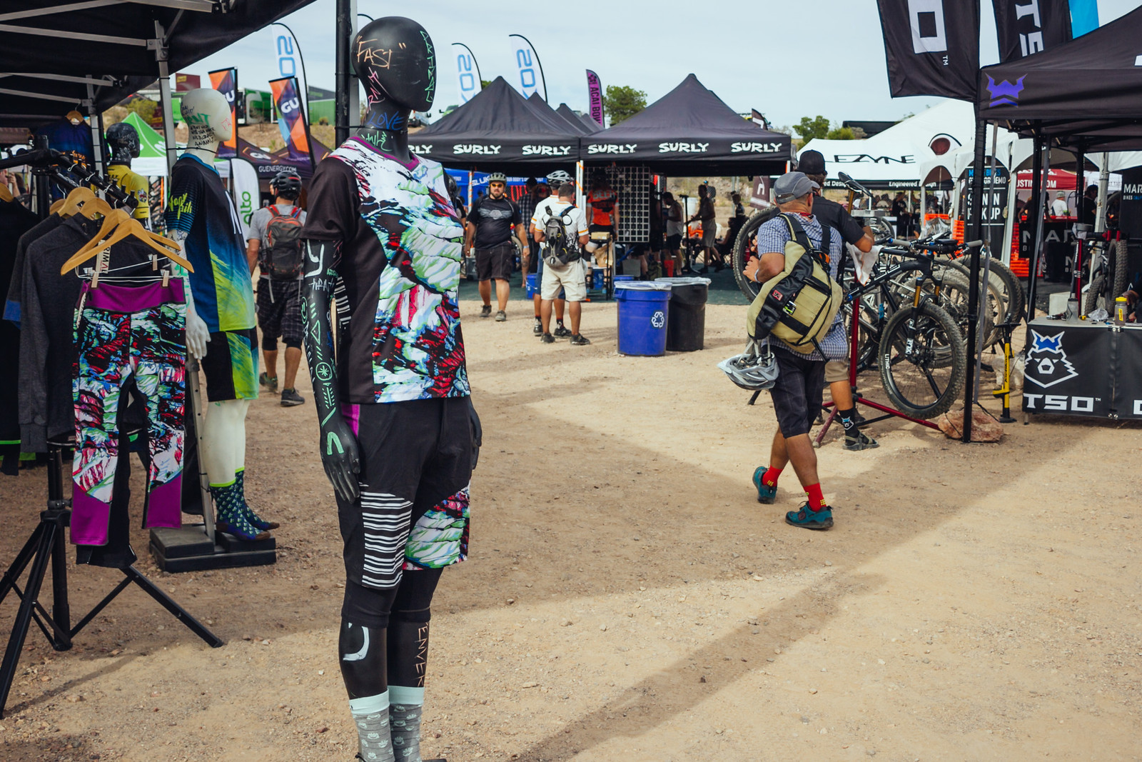 2017 Primal Women's Apparel - INTERBIKE - 2017 Women's Mountain Bike Gear - Mountain Biking Pictures - Vital MTB