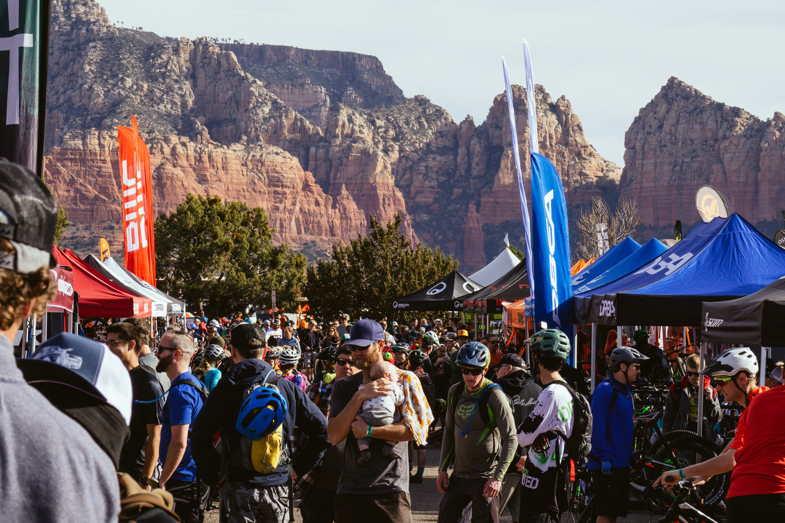 Packed House at the Sedona MTB Festival - PIT BITS - Fresh Products from the Sedona Mountain Bike Festival - Mountain Biking Pictures - Vital MTB