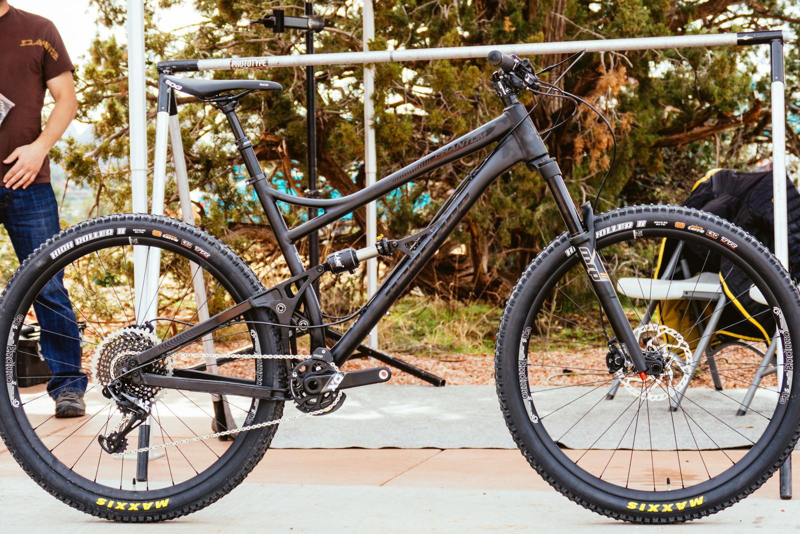 2017 Banshee Phantom - PIT BITS - Fresh Products from the Sedona Mountain Bike Festival - Mountain Biking Pictures - Vital MTB