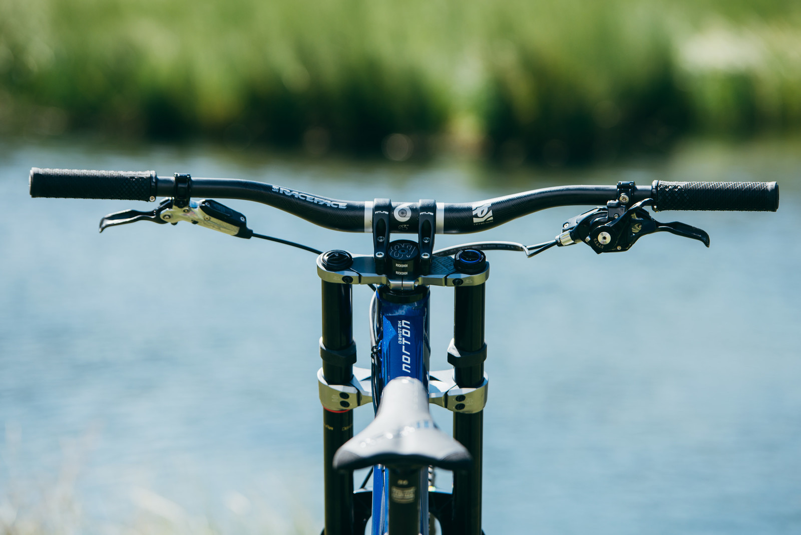 Check Out That Cockpit - WORLD CHAMPS BIKES - Unior/Devinci Factory Racing - Mountain Biking Pictures - Vital MTB