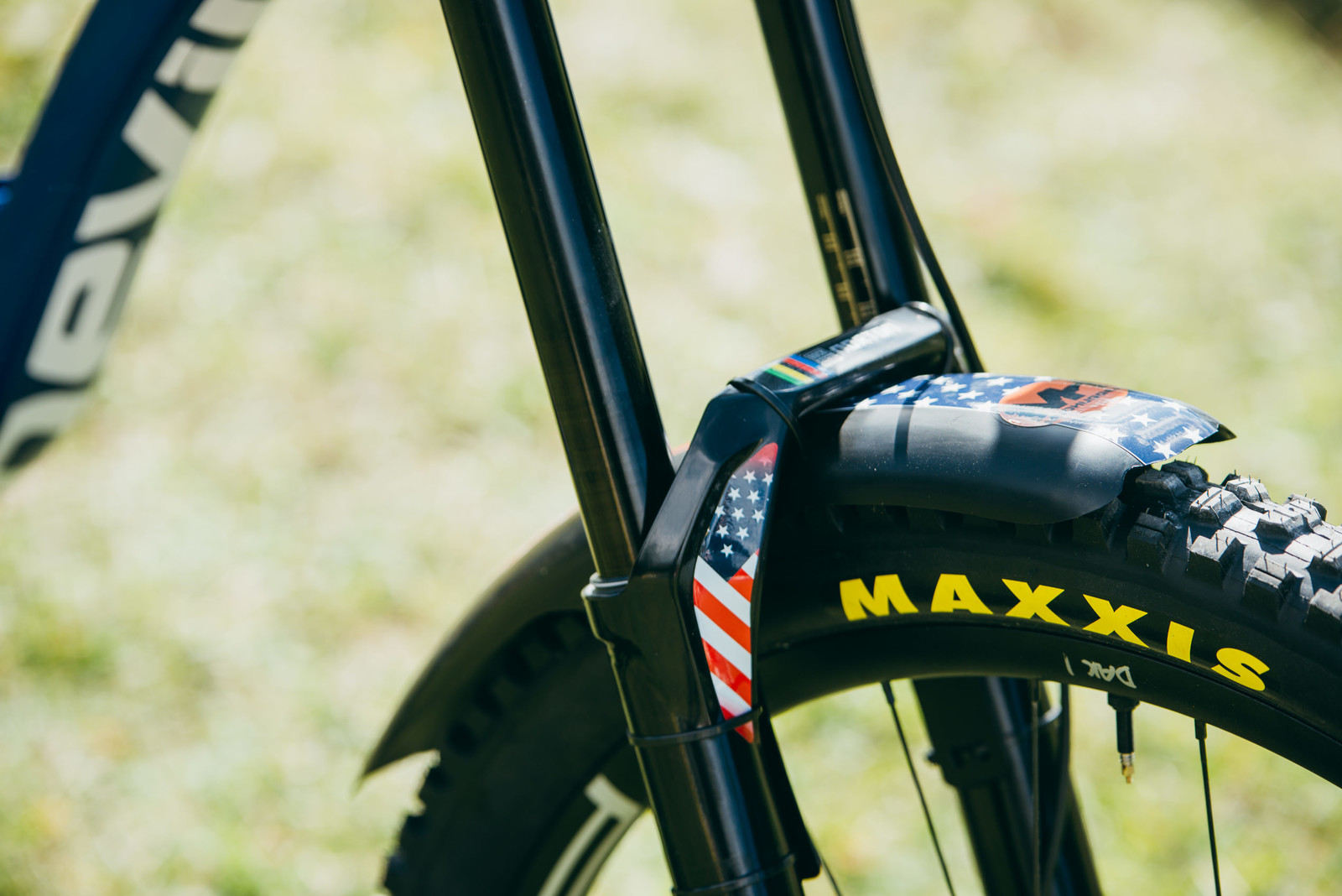 The Little Details - WORLD CHAMPS BIKES - Unior/Devinci Factory Racing - Mountain Biking Pictures - Vital MTB