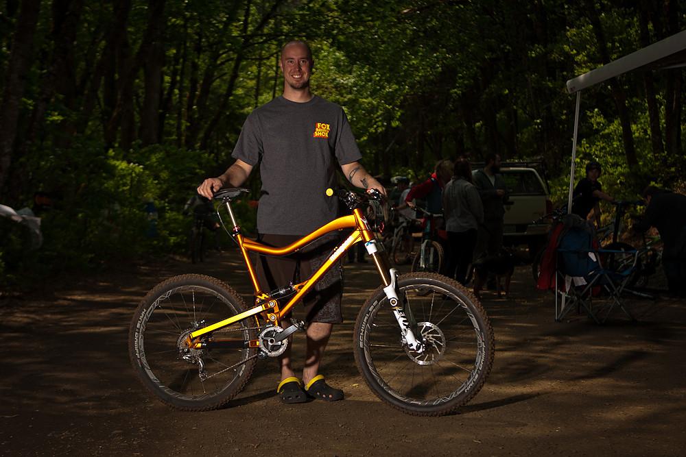 Adam Andrade's 2012 Mongoose Prototype - Oregon Super D Race #1: Hood River - Mountain Biking Pictures - Vital MTB