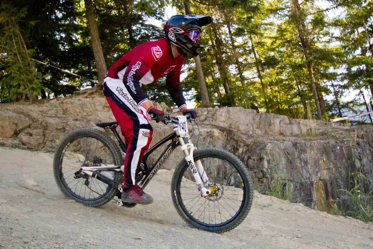 Santa Cruz V10c - The G-Out Project: Crankworx Air DH 2012 - Mountain Biking Pictures - Vital MTB