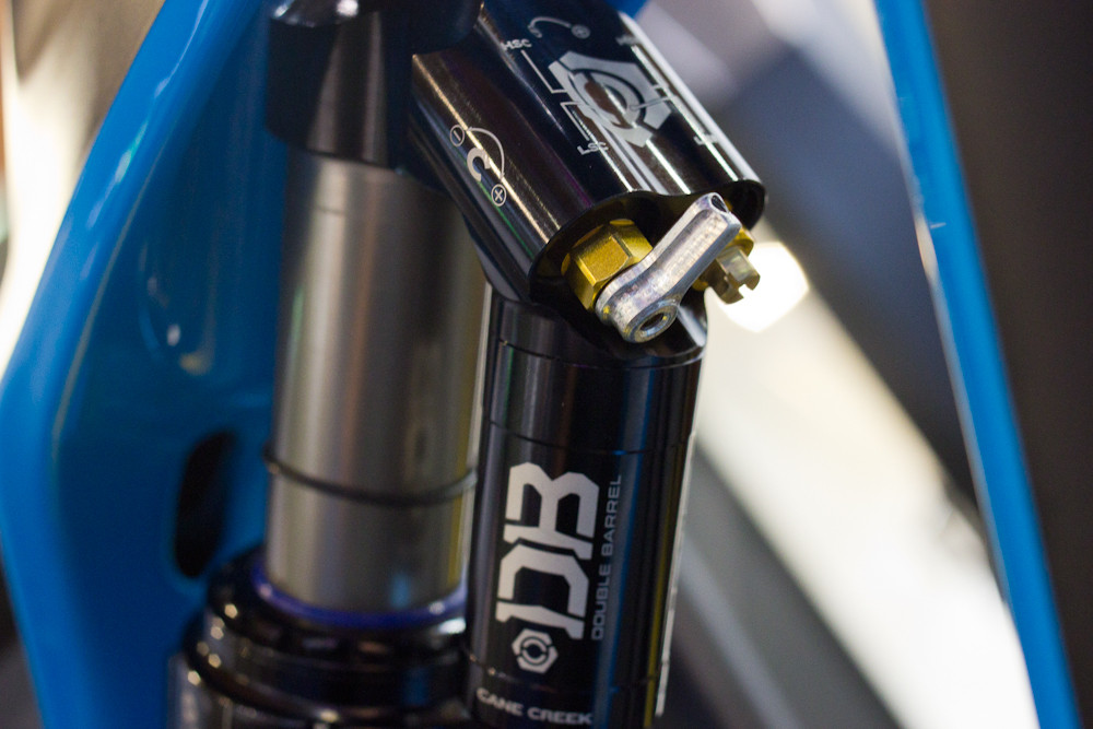 Quick Adjust Lever on Cane Creek DBair - 2013 Mountain Bike Components at Eurobike 2012 - Mountain Biking Pictures - Vital MTB