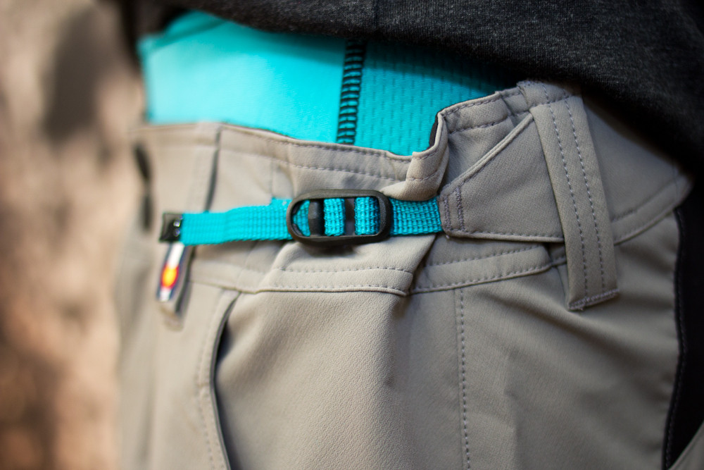 2013 Yeti Freeland Waist Adjustment - 2013 Apparel and Protective Wear at Eurobike 2012 - Mountain Biking Pictures - Vital MTB