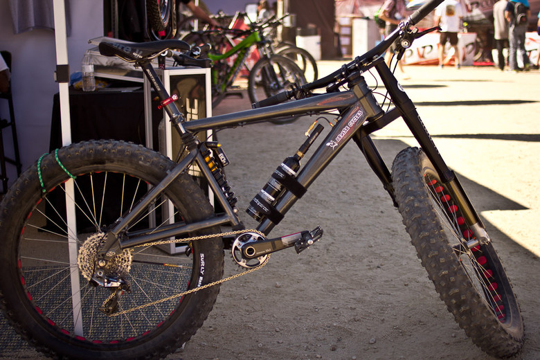 Full Suspension Devise Cycles Zeppelin Fat Bike - Sea Otter Classic Pit Bits