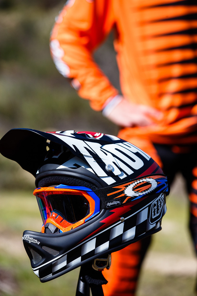 2013 TLD D2 Ace Helmet - 35 Photos of the Pros Shredding in the 2013 Summer/Fall Troy Lee Designs Lineup - Mountain Biking Pictures - Vital MTB