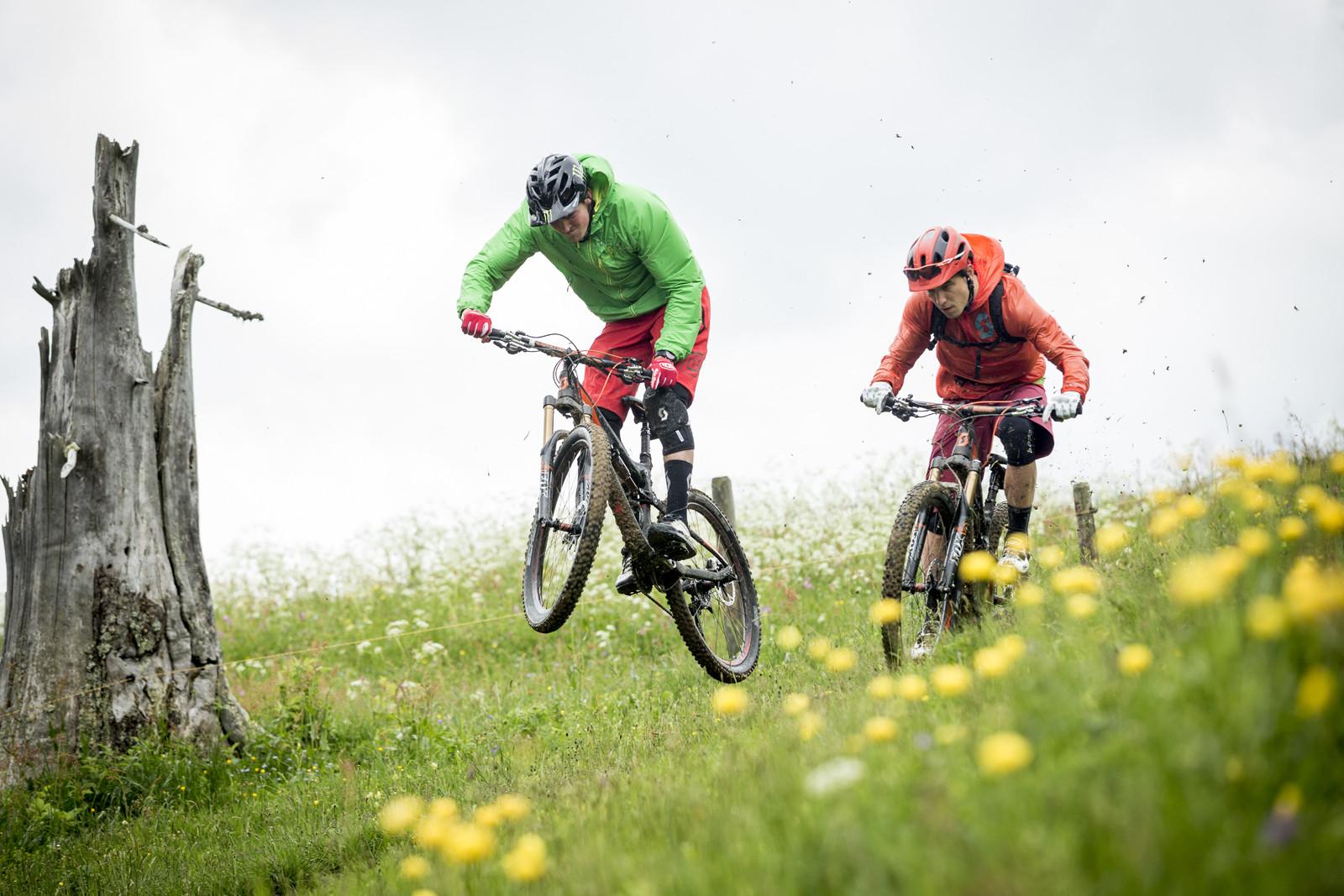 9 Killer Shots of Brendan Fairclough and Nino Schurter on the All-New 2014 Scott Genius LT - Brendan Fairclough and Nino Schurter on the 2014 Scott Genius LT - Mountain Biking Pictures - Vital MTB