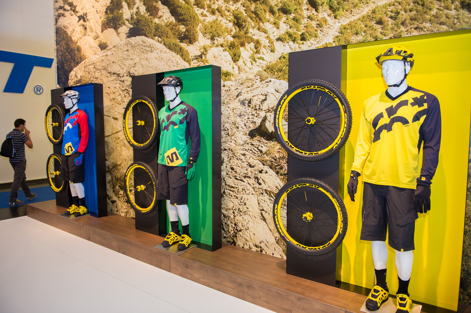 Mavic Crossmax Jersey and Shorts - 2014 Mountain Bike Apparel & Protection at Eurobike 2013 - Mountain Biking Pictures - Vital MTB