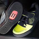 C138_five_ten_freerider_clipless_shoes