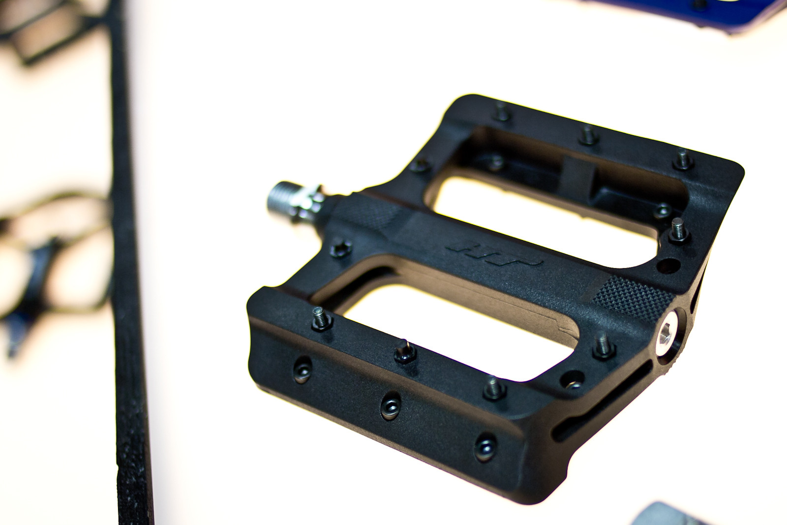 HT PA01A Pedals - INTERBIKE: Part 3 - Hidden Gems & More 2014 Products - Mountain Biking Pictures - Vital MTB