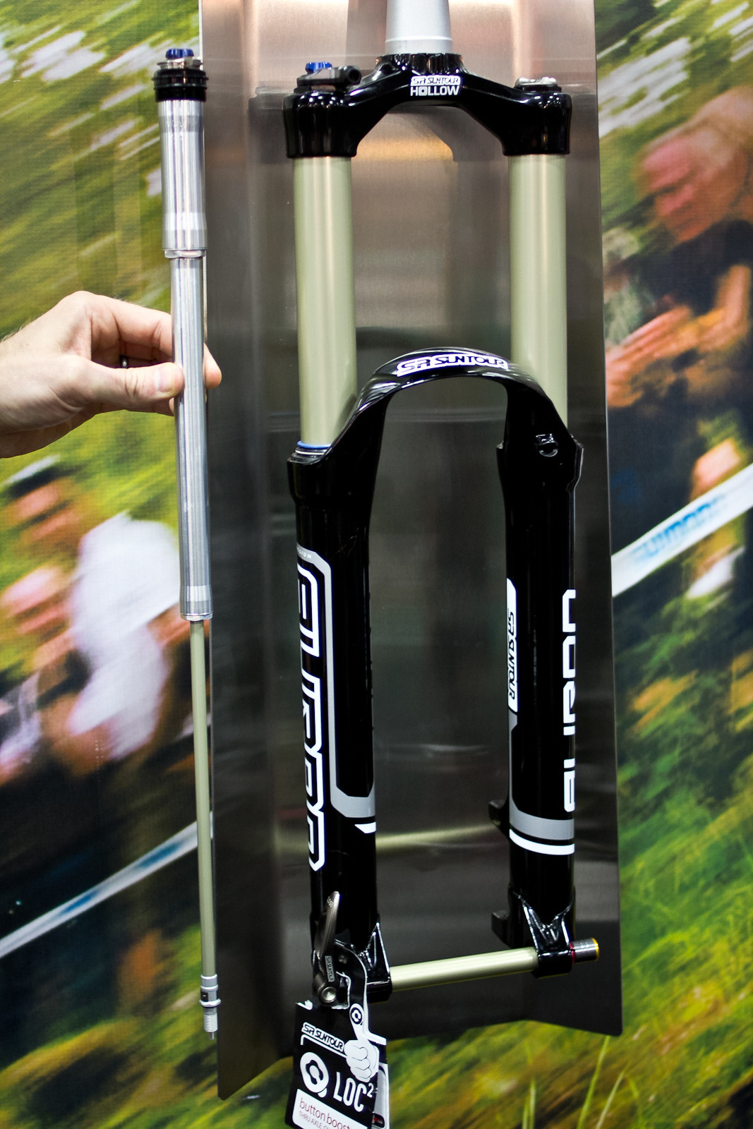 SR Suntour Auron Fork - INTERBIKE: Part 3 - Hidden Gems & More 2014 Products - Mountain Biking Pictures - Vital MTB