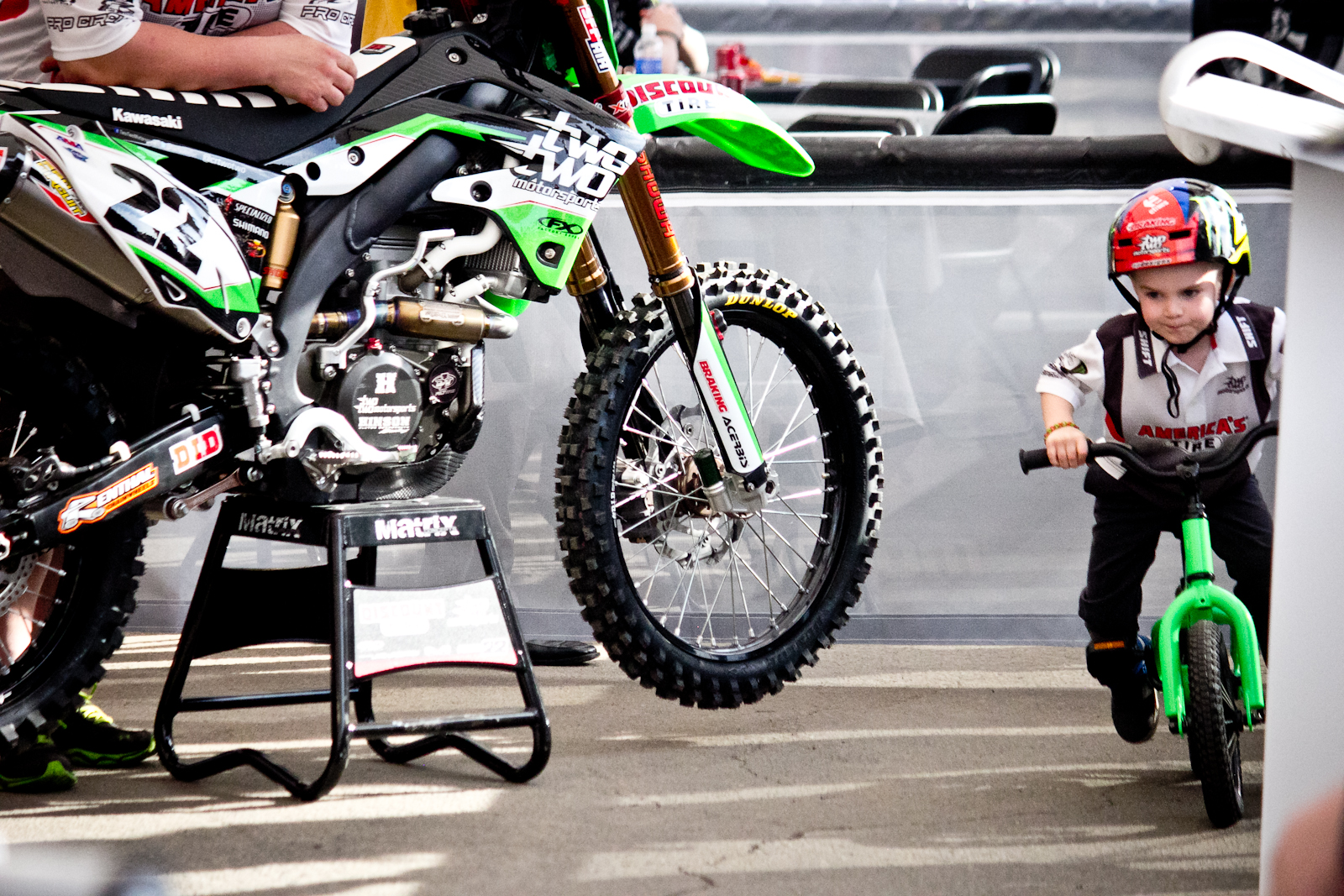 Chad Reed S Son Tate Tearing Up The Pits What The