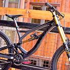 Pivot's 30.8 Pound Phoenix Carbon Downhill Bike